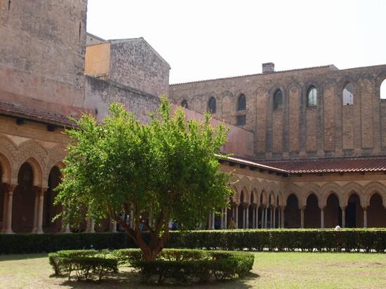Foto monumenti viterbo - Imágenes y fotos de Viterbo - 550x412  - Autor: Aniello Pacella, Foto 1 de 76