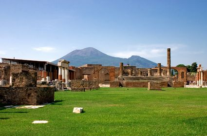 Photo Pompei e il Vesuvio in Pompei - Pictures and Images of Pompei
