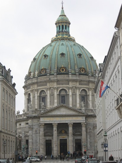 Photo marble church copenaghen in Copenhagen - Pictures and Images of Copenhagen - 412x550  - Author: Valerio, photo 26 of 302