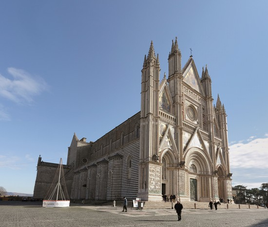 Photo orvieto orvieto en italie in Orvieto - Pictures and Images of Orvieto - 550x467  - Author: Editorial Staff, photo 1 of 44