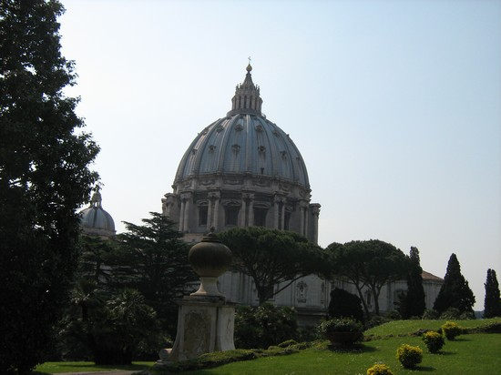 Photo cupola di san pietro roma in Rome - Pictures and Images of Rome - 550x412  - Author: Laura, photo 14 of 985
