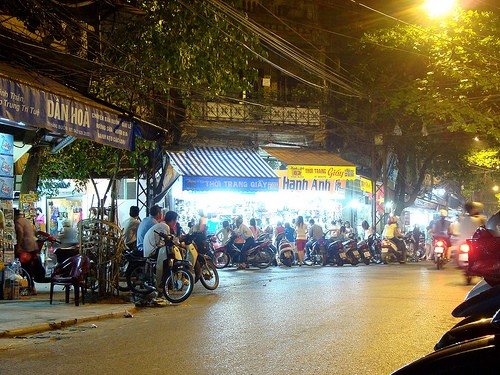 NIGHTS OUT IN HANG BUOM a HANOI