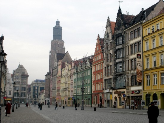 Photo Town Square in Wroclaw - Pictures and Images of Wroclaw - 550x412  - Author: N, photo 1 of 52