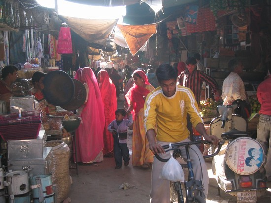 Photo centralmarket jodhpur in Jodhpur - Pictures and Images of Jodhpur - 550x412  - Author: Franco, photo 19 of 24