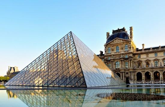 Foto louvre paris a Parigi - 550x358  - Autore: Redazione, foto 45 di 690