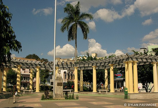 travel guide santiago hotels