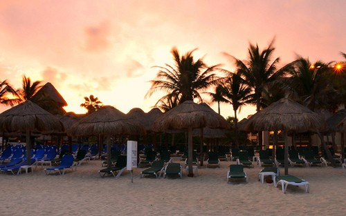 Photo Beaches in Playa del Carmen - Pictures and Images of Playa del Carmen - 500x313  - Author: Darshadana, photo 1 of 12