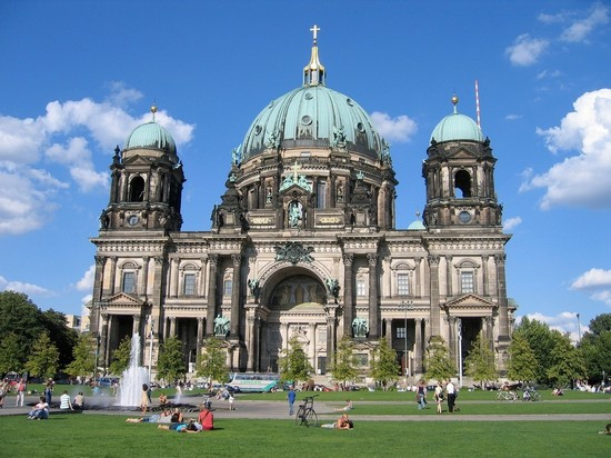 Photo berlino berliner dom in Berlin - Pictures and Images of Berlin - 550x412  - Author: Editorial Staff, photo 2 of 512