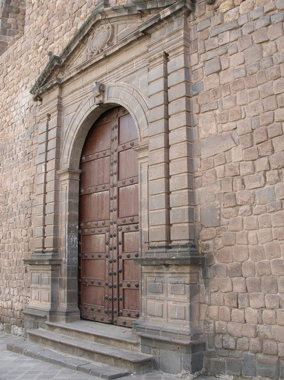 Photo Convent door in Cuzco - Pictures and Images of Cuzco