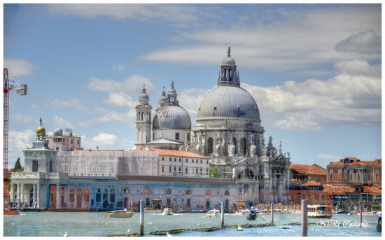 Photo chiesa di santa maria della salute venezia in Venice - Pictures and Images of Venice - 550x343  - Author: Nicola, photo 3 of 746