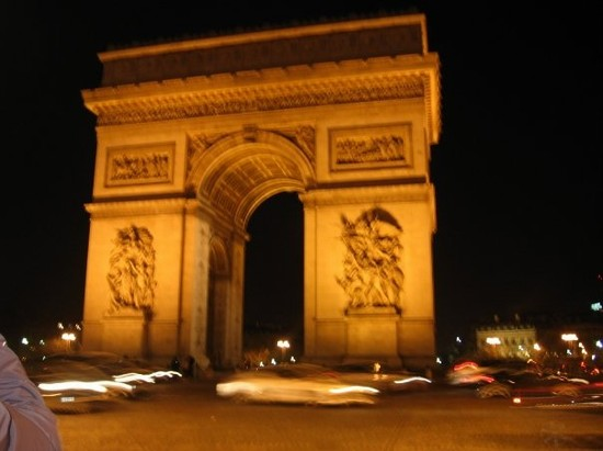 Photo arc de triomphe parigi in Paris - Pictures and Images of Paris - 550x411  - Author: Giorgia, photo 6 of 674