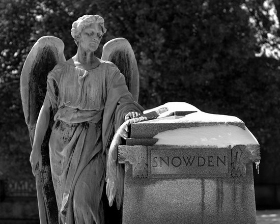 Photo Elmwood Cemetery in Memphis - Pictures and Images of Memphis - 550x440  - Author: Carl, photo 3 of 53