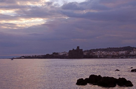 Photo Aci trezza Tramonto in Catania - Pictures and Images of Catania
