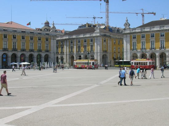 Photo Lisbona - Praça do Comercio in Lisbon - Pictures and Images of Lisbon
