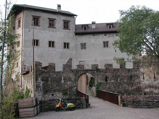 Foto bozen haselburg a Bolzano - 550x412  - Autore: Werner, foto 2 di 103