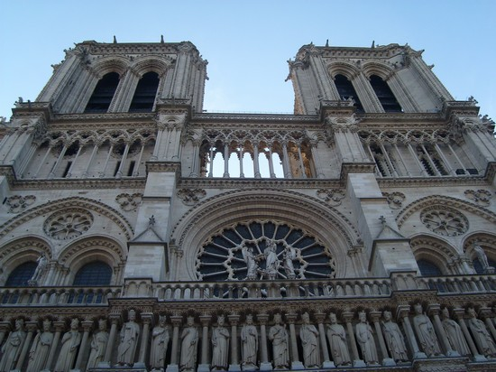 Photo notre dame parigi in Paris - Pictures and Images of Paris - 550x412  - Author: Stefania, photo 14 of 638