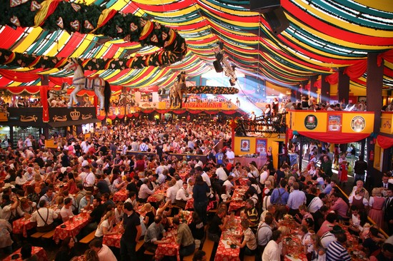 Photo Beer Hall Oktober Fest in Munich - Pictures and Images of Munich - 550x366  - Author: Editorial Staff, photo 24 of 137