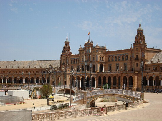 Photo siviglia placa de espana in Seville - Pictures and Images of Seville - 550x412  - Author: Editorial Staff, photo 4 of 189