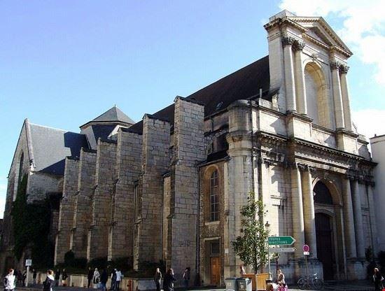 Eglise Saint-Etienne à Dijon