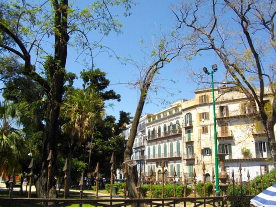 Foto piazza Marina a Palermo - 550x412  - Autore: Alessandro, foto 37 di 178