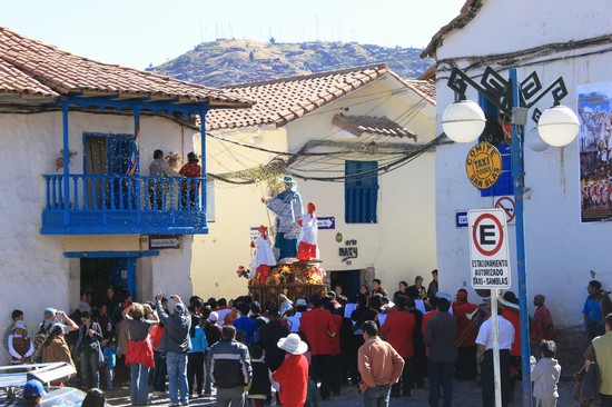 Photo Cusco: Plaza San Blas in Cuzco - Pictures and Images of Cuzco - 550x366  - Author: Leighton, photo 1 of 39