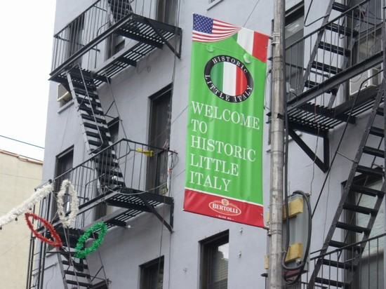 Photo il quartiere di little italy new york in New York - Pictures and Images of New York - 550x412  - Author: Lorenzo, photo 5 of 589