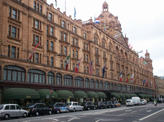 Photo I famosi magazzini di Harrods in London - Pictures and Images of London