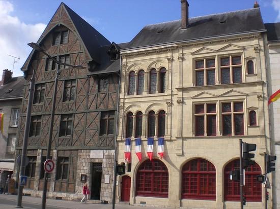 pictures and images of orl 233 ans maison de jeanne d arc 224 orl 233 ans 550x412 autore