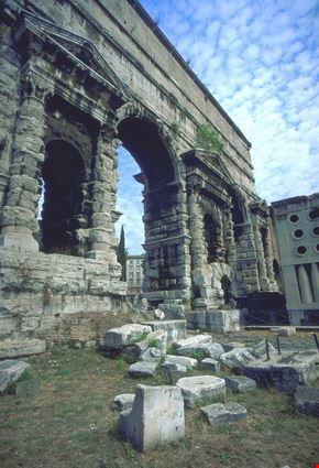 4948 roma porta maggiore