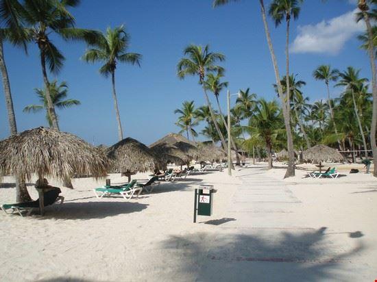 la bella spiaggia del viva dominicus beach