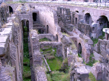 Photo Fondamenta del Colosseo in Rome - Pictures and Images of Rome