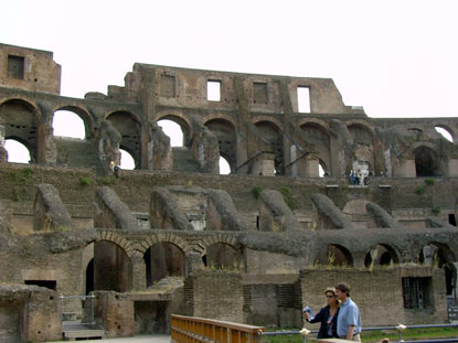 Photo Arcate del Colosseo in Rome - Pictures and Images of Rome