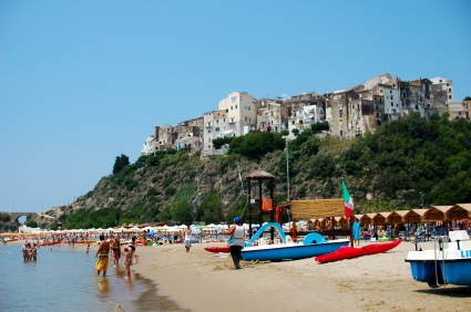 Foto La spiaggia a Sperlonga - 425x282  - Autore: Redazione, foto 8 di 56