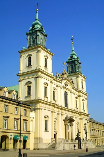 Photo varsavia chiesa della santa croce in Warsaw - Pictures and Images of Warsaw - 366x550  - Author: Editorial Staff, photo 1 of 98