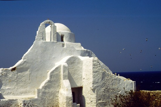 Photo chiesa di panagia paraportiani mikonos in Mykonos - Pictures and Images of Mykonos - 550x365  - Author: Laura, photo 21 of 74