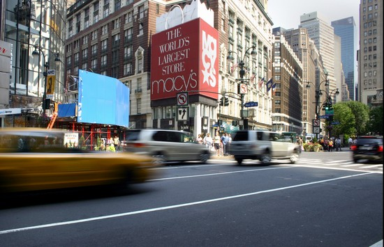 Photo new york macy  s department store in New York - Pictures and Images of New York - 550x355  - Author: Editorial Staff, photo 1 of 539