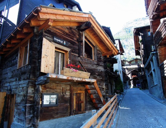 Photo Il vecchio villaggio di Zermatt in Zermatt - Pictures and Images of Zermatt