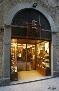 Photo Antica Cuoieria in Florence - Pictures and Images of Florence