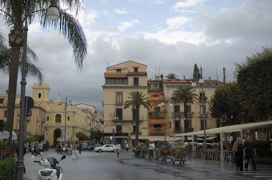 Photo sorrento piazza tasso in Sorrento - Pictures and Images of Sorrento - 550x365  - Author: Editorial Staff, photo 1 of 46