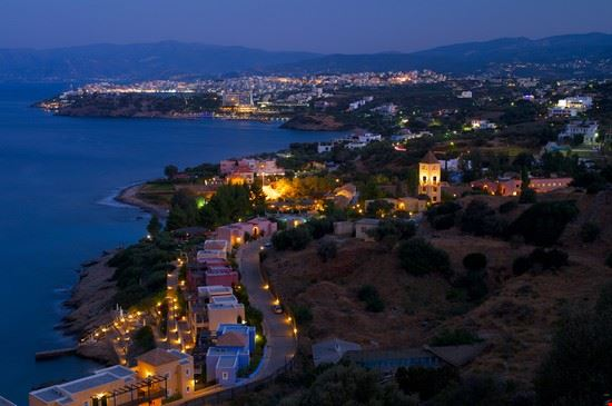 Agio Nicolaos by night