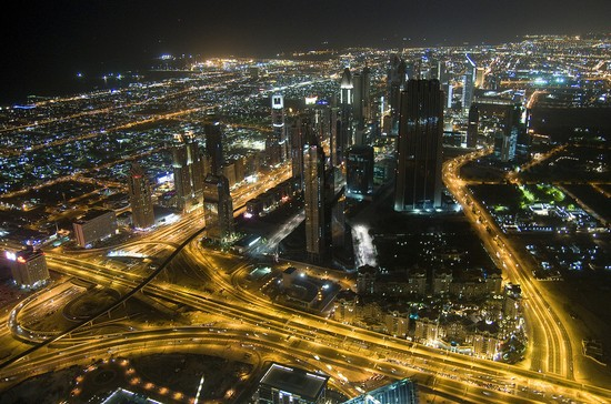 Photo dubai dubai by night in Dubai - Pictures and Images of Dubai - 550x364  - Author: Editorial Staff, photo 1 of 192