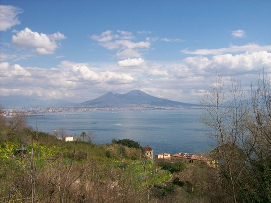 Photo il golfo napoli in Naples - Pictures and Images of Naples - 550x412  - Author: Alessandra, photo 57 of 236