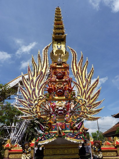 Photo Ngaben in Ubud - Pictures and Images of Ubud