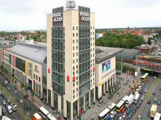 spandau arcaden berlin einkaufen in berlin. Black Bedroom Furniture Sets. Home Design Ideas