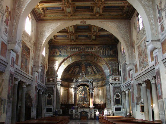 Photo roma santa prassede in Rome - Pictures and Images of Rome - 550x412  - Author: Editorial Staff, photo 1 of 993