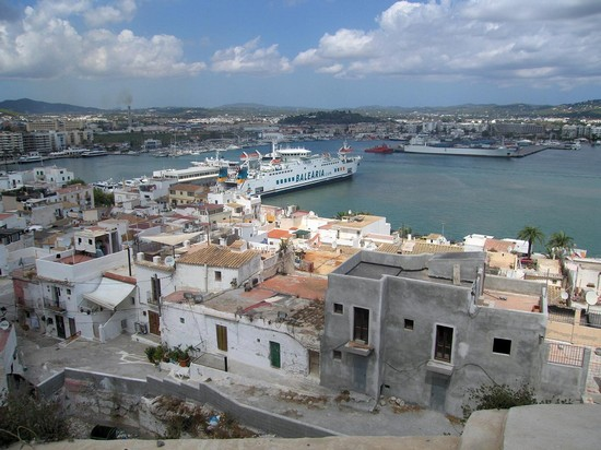 Photo ibiza veduta panoramica di dalt vila in Ibiza - Pictures and Images of Ibiza - 550x412  - Author: Editorial Staff, photo 1 of 50