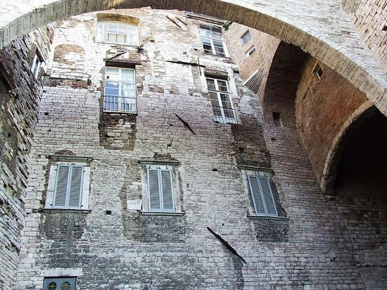 Photo Particolare del centro storico di Perugia in Perugia - Pictures and Images of Perugia