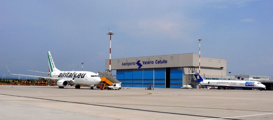 Photo verona aeroporto valerio catullo di villafranca in Verona - Pictures and Images of Verona