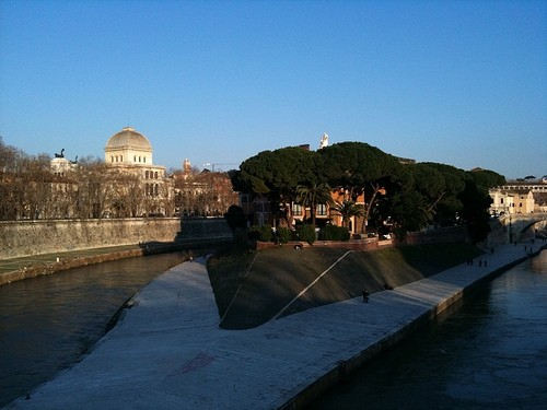 ISOLA TIBERINA a ROMA