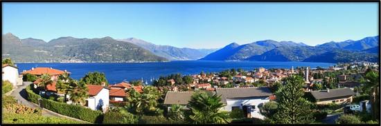 foto vista panoramica del lago maggiore a luino 550x183 autore barbara foto 10 di 17. Black Bedroom Furniture Sets. Home Design Ideas